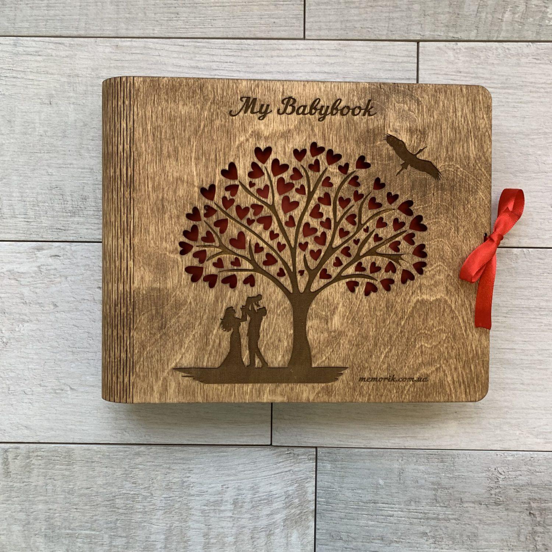 Детский альбом ''My Babybook'' в деревянной обложке со згибом